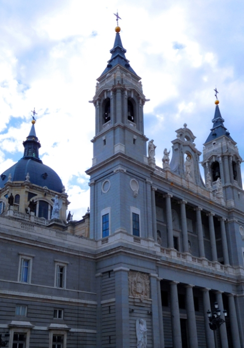 SPANISH HOLY